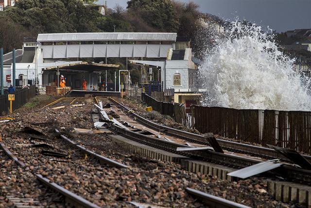 Dawlish Train line Damage