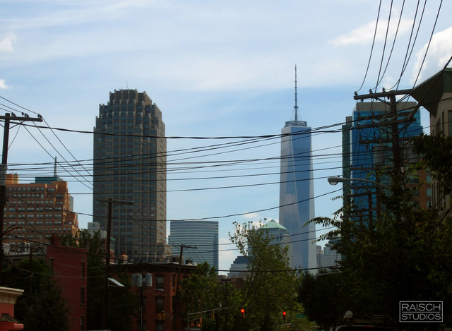 One World Trade Center seen from Grand Street, Jersey City