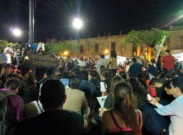 Protest reach Plaza de la Liberacion in Guadalajara