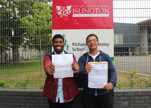 City of London Academy Islington pupils score big in the sciences