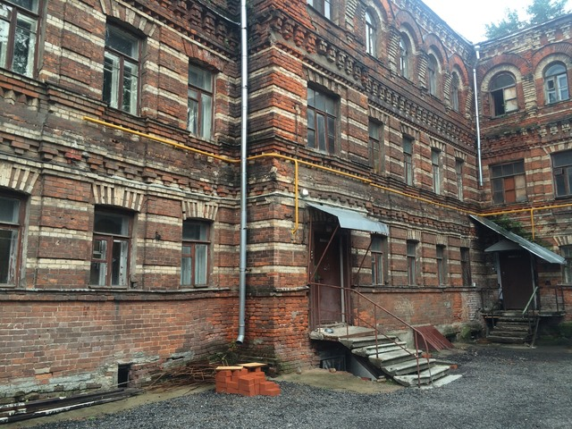 So many beautiful but tragically neglected buildings in moscow