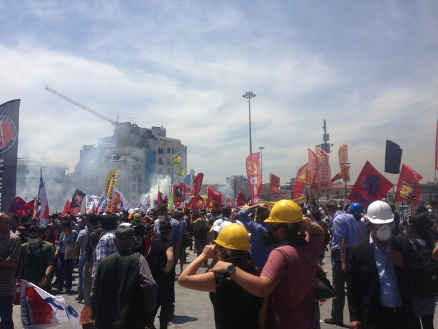 Police attacks with teargas 11.06.2013, 1.06 pm