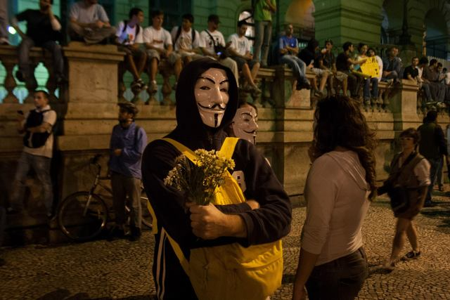 Peaceful rally in the streets of Rio