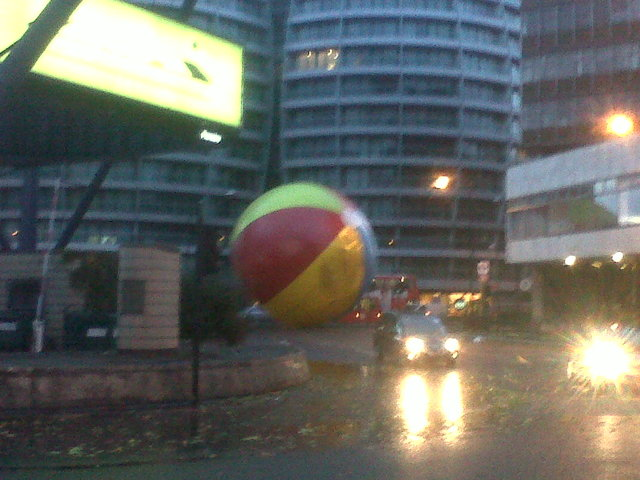 Giant beach ball on the loose