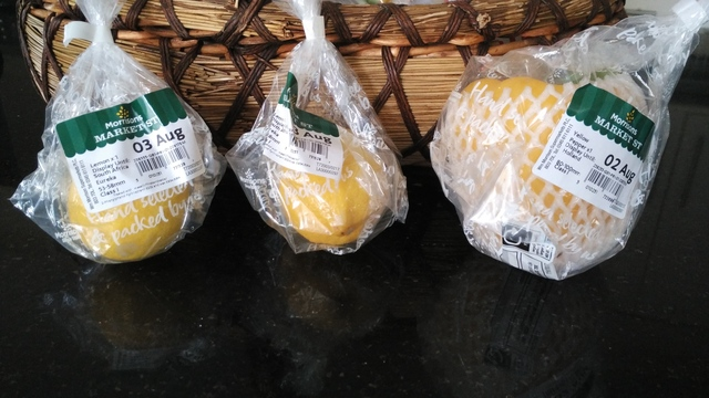 Morrisons: Loose Lemons and Pepper